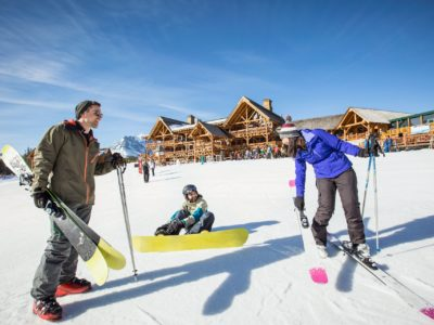 Ski_Snowboard_Lake_Louise_2016_Noel_Hendrickson_6_Horizontal-large